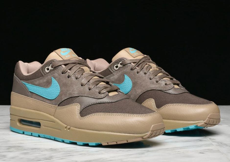87fcf3868db Nike Air Max 1 Premium AVAILABLE AT Jimmy Jazz  110. Color  Medium Olive Dark  Stucco-Anthracite Style Code  875844-201