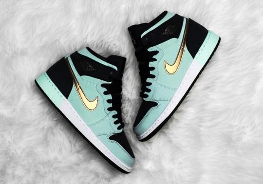 Jordan Pairs Mint Foam And Gold For This Air Jordan 1 For Girls