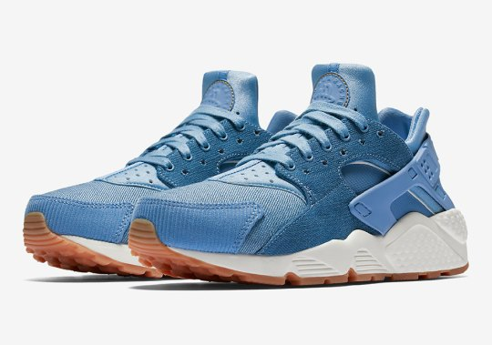 Nike Air Huarache Combines Denim And Corduroy With Gum Soles