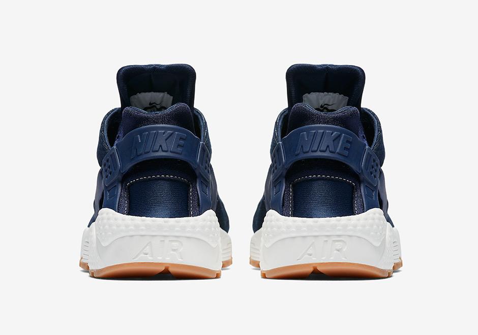 super popular a4aa6 795cd Nike Air Huarache Denim Gum 859429-401 | SneakerNews.com