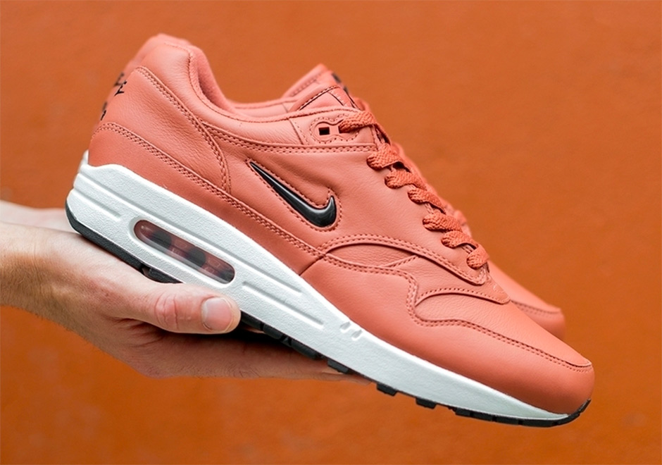 cheap for discount d20f2 8402d Nike Air Max 1 Jewel Releasing In Pink Leather