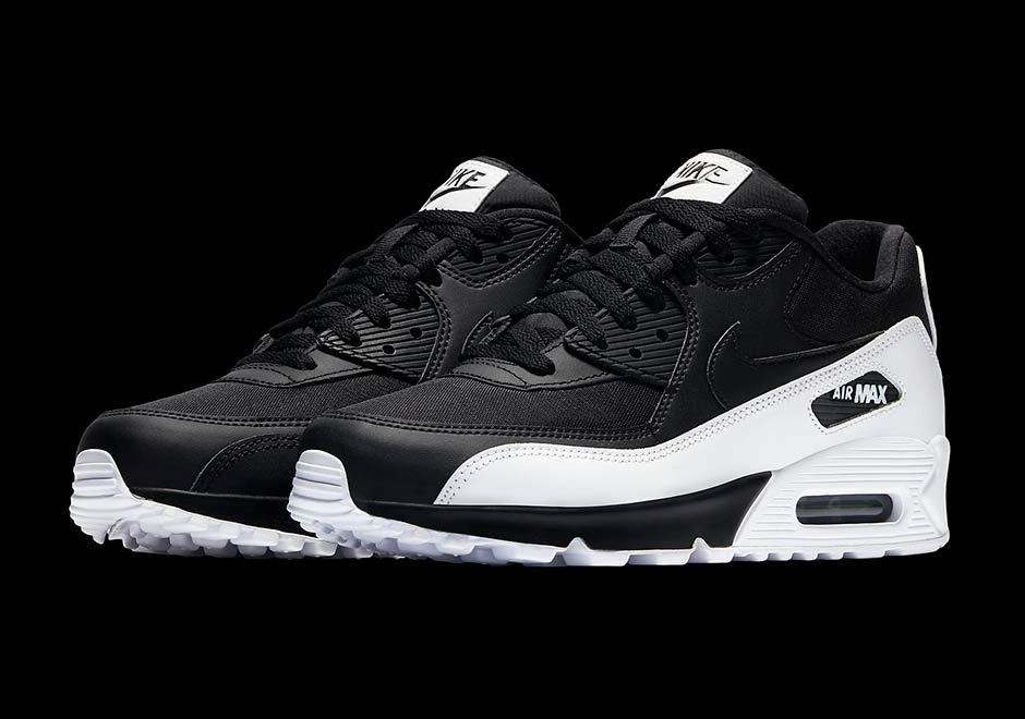 206cc58e3392c The Nike Air Max 90 Receives High Contrast Black And White Combo
