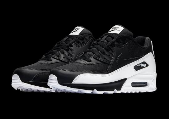 The Nike Air Max 90 Receives High Contrast Black And White Combo