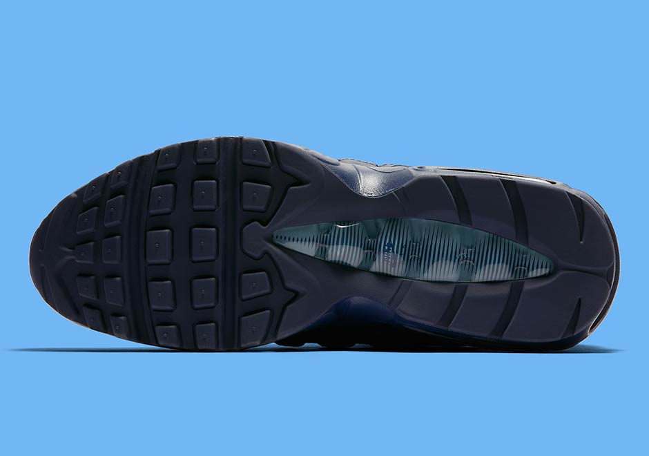 "newest e7e13 903d1 The Nike Air Max 95 Goes Full ""Midnight Navy"""