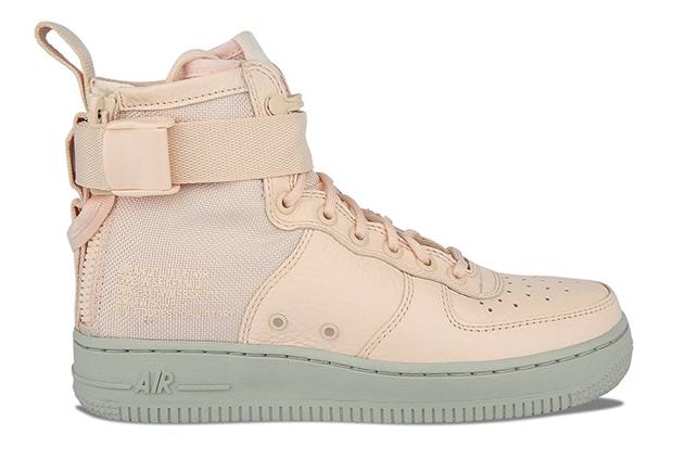 pretty nice bd623 fbb72 Nike WMNS SF-AF1 Mid Orange Quartz AA3966-800 | SneakerNews.com