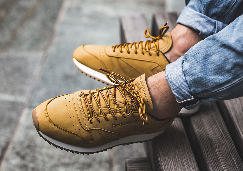 8aac24a01a1 Reebok Classic Leather Ripple Wheat