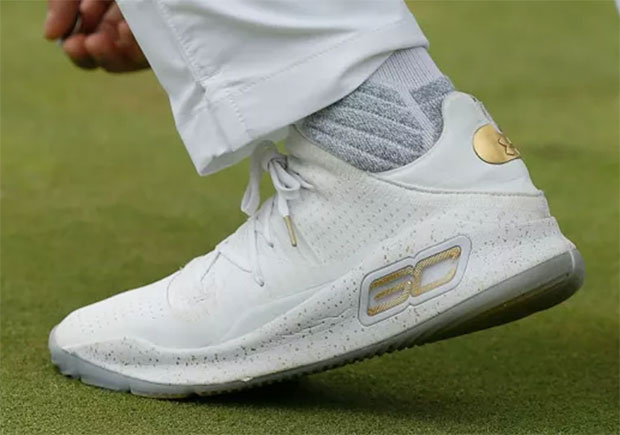 Steph Curry Golfs In The UA Curry 4 Low
