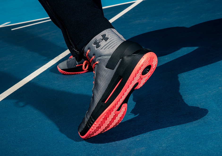 the latest 85cee c8954 Advertisement. The Under Armour Curry 4 ...