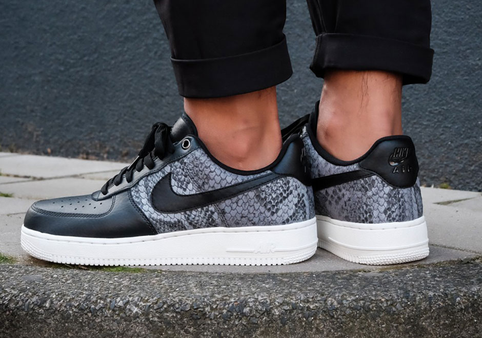 sports shoes 9384a 03336 For some more Air Force 1 heat, be sure to stay tuned for the three  upcoming camo offerings Nike is set to release in December.