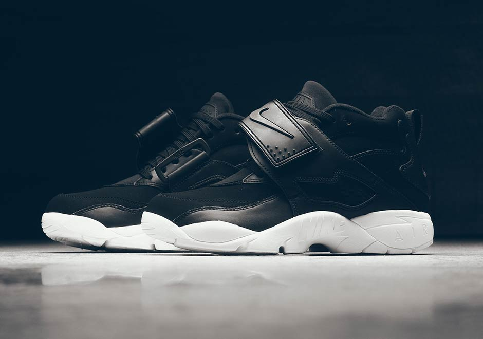 The Nike Air Diamond Turf Gets A Clean Black And White Colorway f3c146308df3