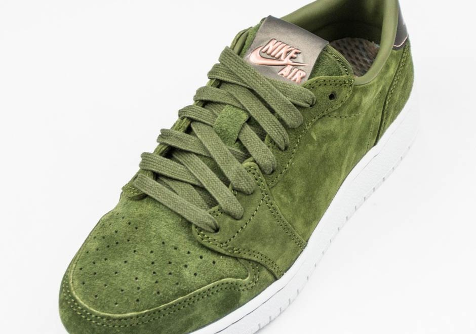 "The Swooshless Air Jordan 1 Low Releases In ""Legion Green"""
