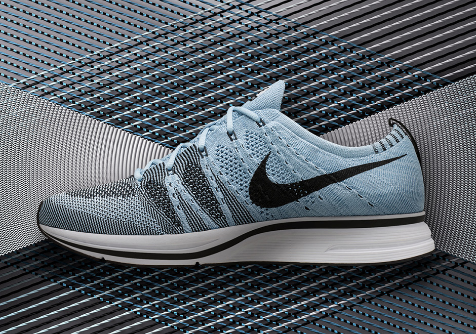 new product 1f3b0 9d241 Nike Flyknit Trainer AH8396-400 Release Date   SneakerNews.com