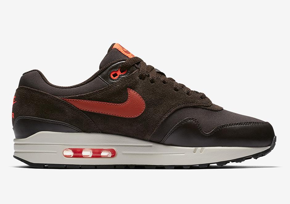 sports shoes f401d 1f263 Nike Air Max 1 875844-202   SneakerNews.com