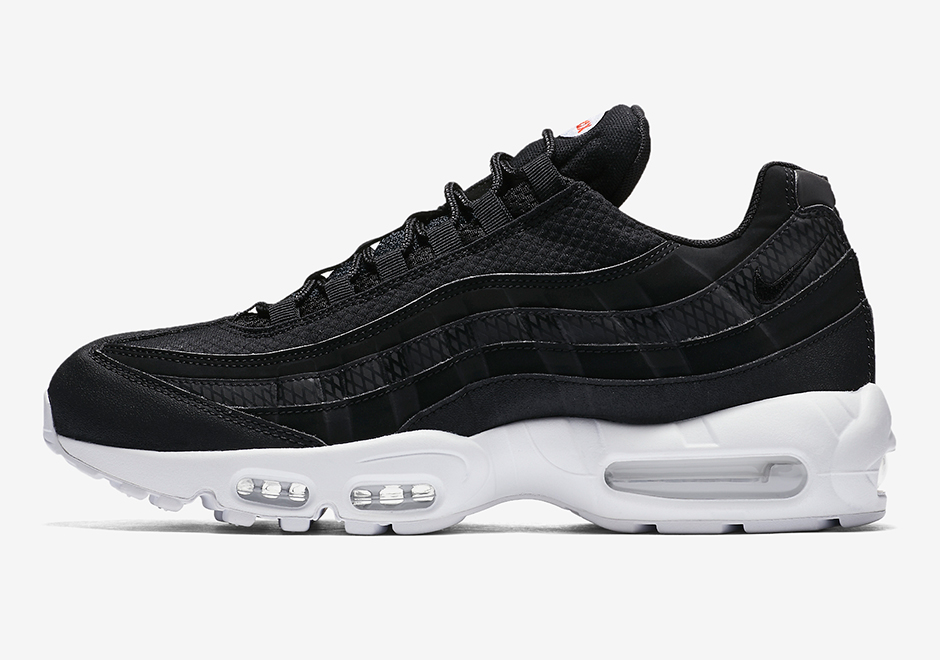 bas prix 02af3 2584c NIke Air Max 95 Premium Black White 924478-001 | SneakerNews.com