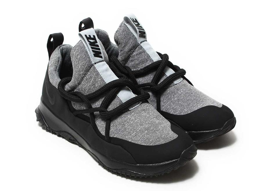 Nike City Loop Release Date  Fall 2017. Color  Dark Grey Black c6bb11151336