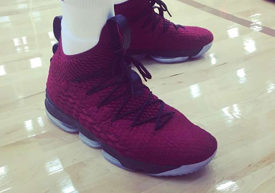 Nike LeBron 15 Wine Cavs Color