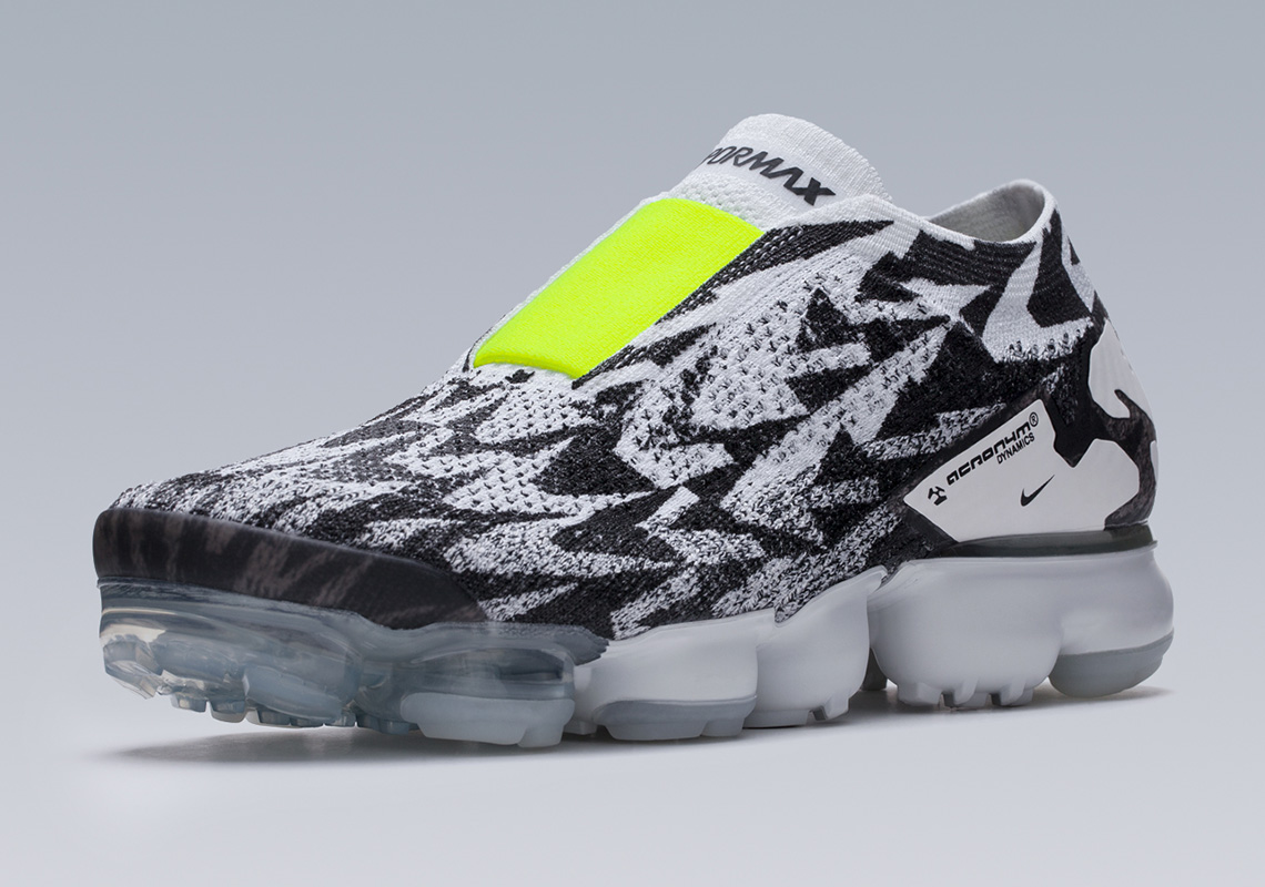 timeless design 54556 a8168 Acronym x Nike Air VaporMax Moc 2. Release Date March 24th, 2018 220.  Color Light BoneLight Bone-Black Style Code AQ0996-001