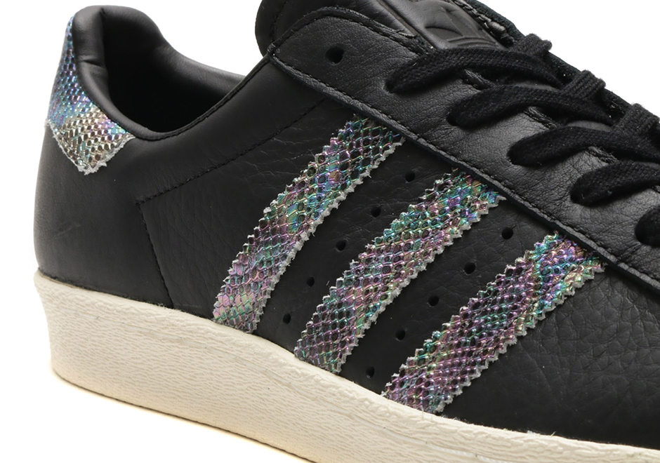 adidas superstar iridescent black