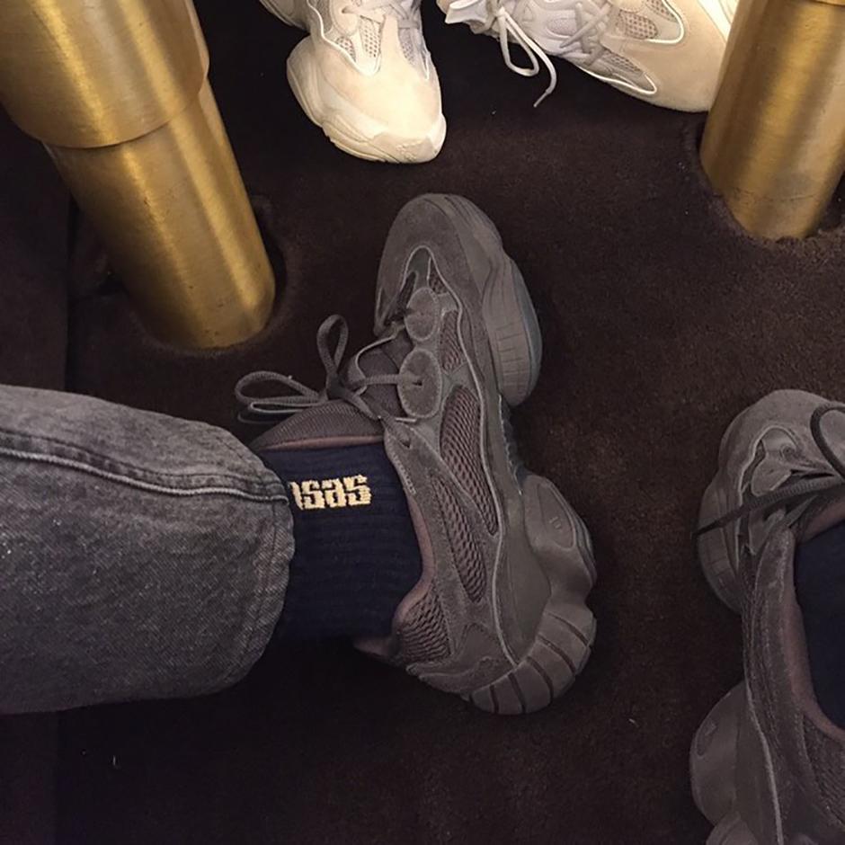 Adidas Yeezy 500 Svart w7S35