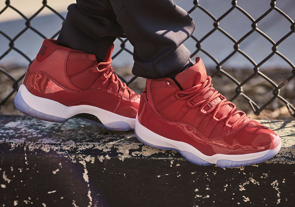 "Continuing the ""Win Like Mike"" story is the ""Win Like '96"" color concept  that places the daring Bulls red color scheme front and center. Thanks to  Jordan's ..."