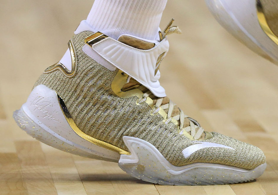 6a34ac9d1e57 Anta KT3 Gold Blooded Klay Thompson