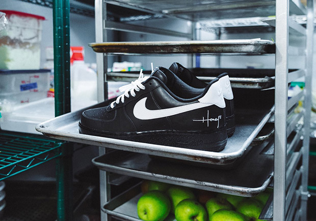 """26e96e68c1f Chicago Restaurant Honey s Gets Their Own Nike Air Force 1 Low """"Staff Shoe"""""""