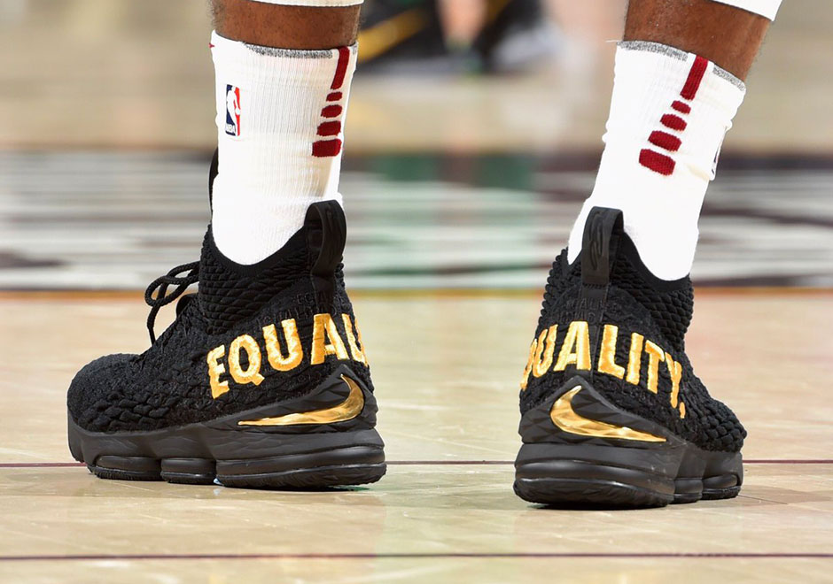 c26d30c66a0 Additional on-foot angles of the LeBron 15 are just below