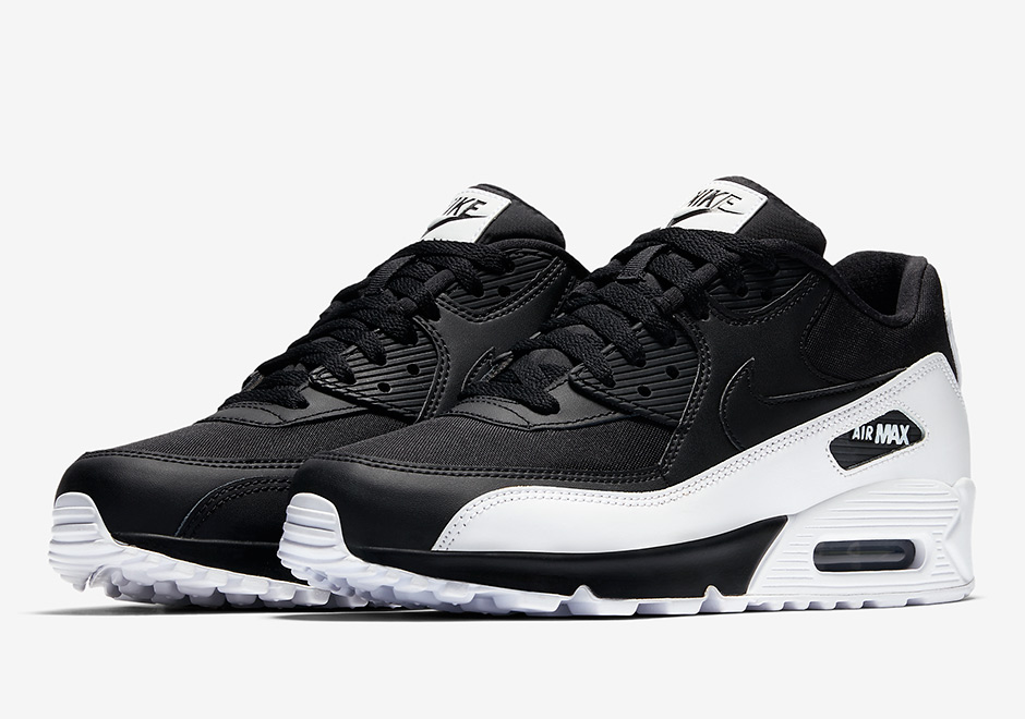 7dc28ff3c41 Nike Adds The Oreo Look To The Air Max 90