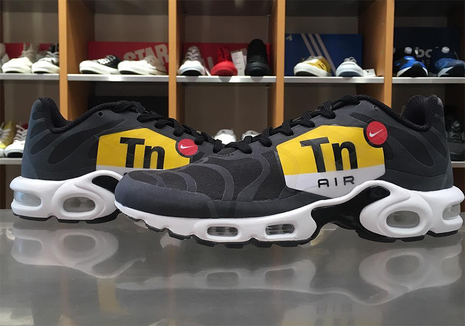 detailed pictures popular brand new images of Nike Air Max Big Logo Release Date | SneakerNews.com