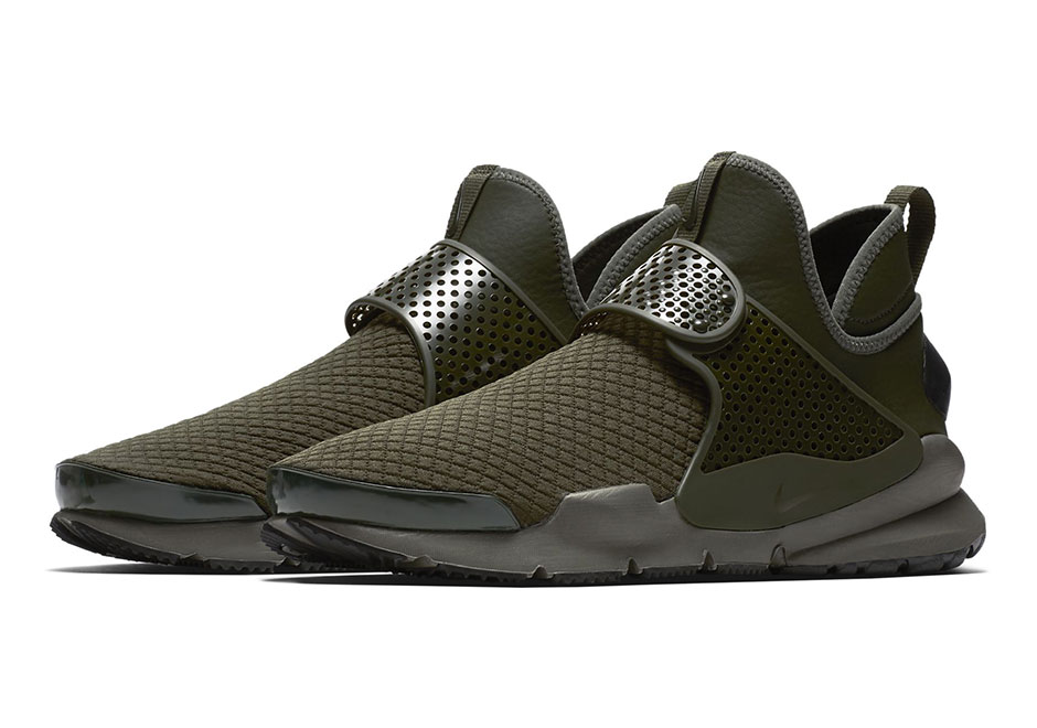 "info for d95ec 85a5a Updated on October 11th, 2017 The Nike Sock Dart Mid in ""Olive"" and ""Navy""  is available now at Nike China."