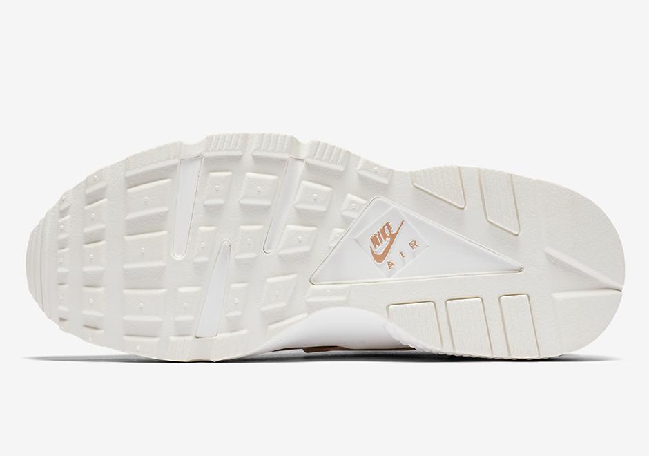 big sale b26f1 6d544 Nike WMNS Air Huarache Run Premium  130. Color  Elm Metallic Red Bronze-Summit  White Style Code  AA0523-200. Advertisement