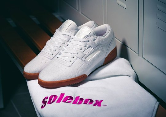 """Solebox Adds Terrycloth Towel Uppers To The Reebok Workout """"Year Of Fitness"""""""
