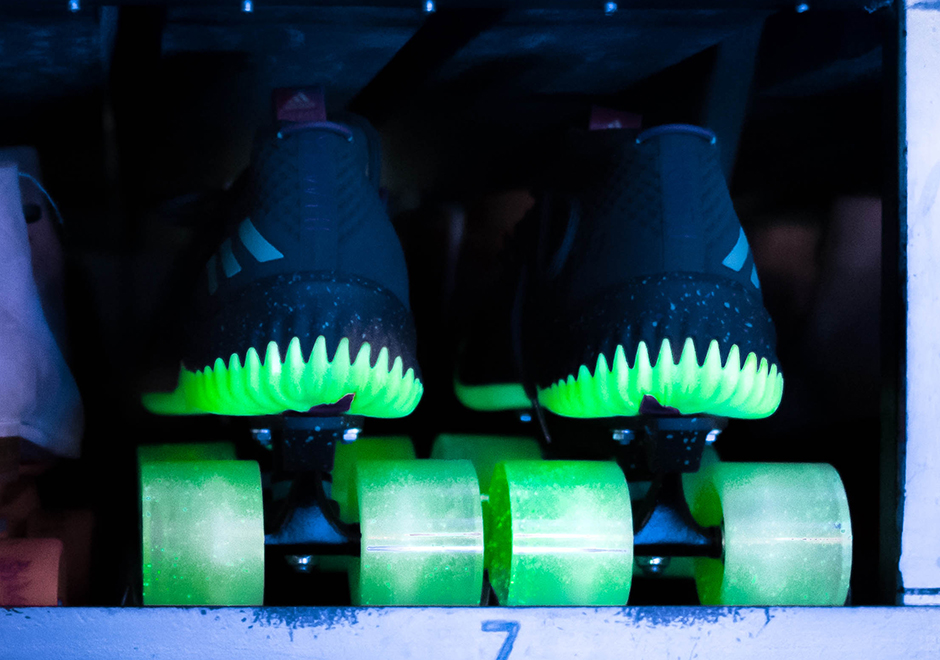 adidas dame 4 glow in the park