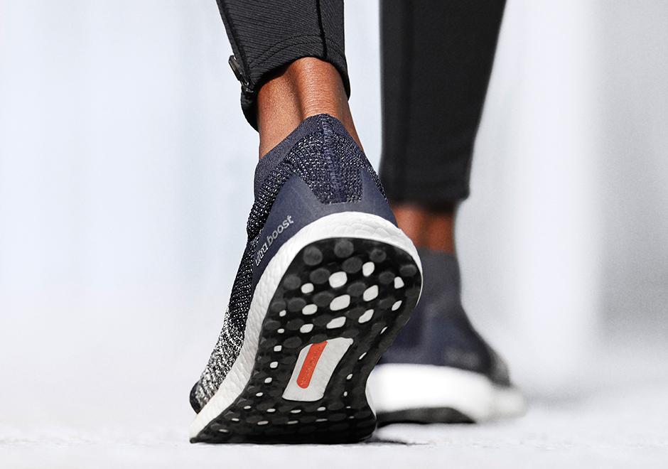 8f0d0d196431d adidas-Running-UltraBOOST-Laceless-blue-3 - SneakerNews.com