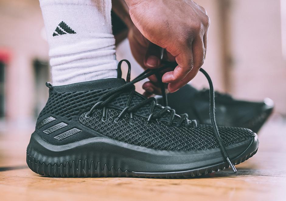 adidas dame 4 core black