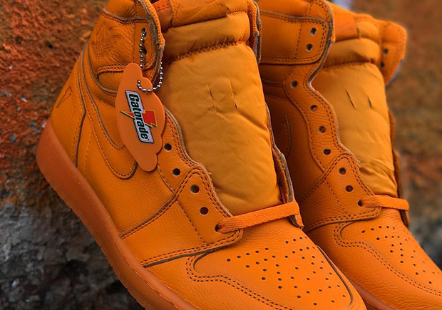 """Air Jordan 1 """"Gatorade"""" Appears In Orange Peel Colorway 70fa4c858"""