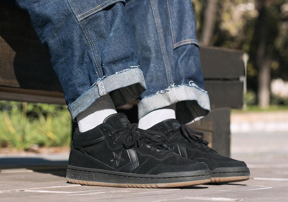 7a6fb5ce9ed2 ... Converse Pro Leather Mid Vintage Suede 157691c Dark Sangria  Burgundyegret White Pro Skater Al Davis Court Pack ...