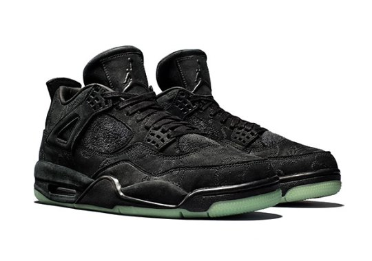 KAWS To Open Raffle For Black Air Jordan 4 On Cyber Monday