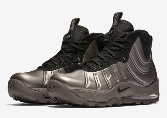 One Of Nike's Craziest Winter Boots Made A Surprise Comeback
