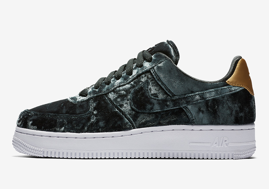 Nike Air Force 1 Low CS Release Date: December 1, 2017. AVAILABLE AT JD Sports £80.00. Style Code: 896185-600 (Burgundy) Style Code: 896185-300 (Green)
