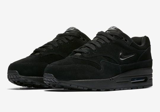 5d3ae53c630 The Nike Air Max 1 SC Jewel Goes Triple Black