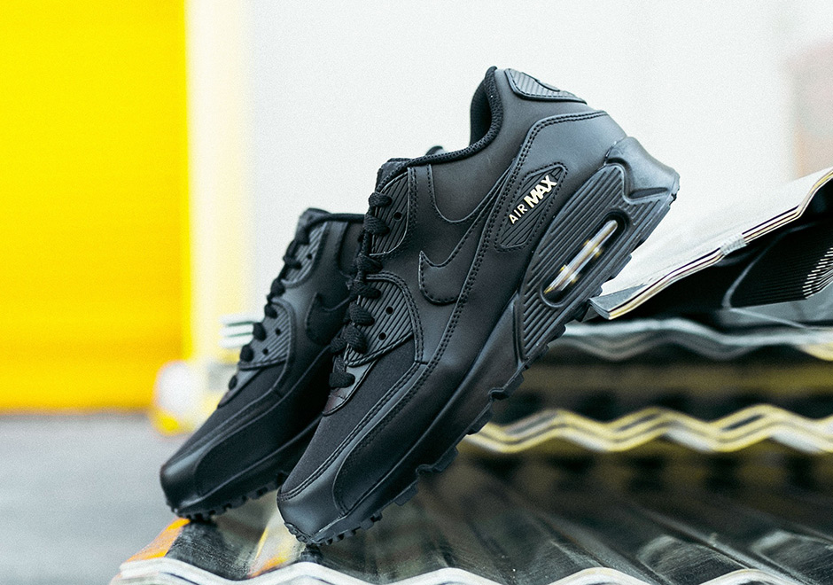 1364b87bb Nike Air Max 90 Black and Gold Black Friday Release Info ...