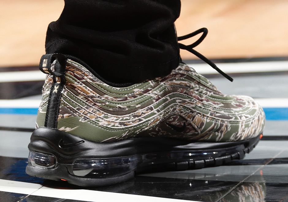 "Isaiah Thomas gave fans a special Veteran's Day sneak peek of an upcoming Nike release when he rocked the Air Max 97 ""Country Camo"" to his game against the ..."