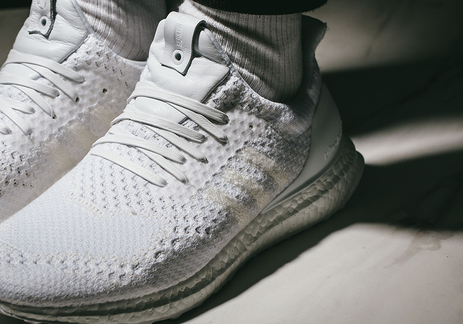 newest 109fd e108f On-Foot Look At The A Ma Maniere x Invincible x adidas ...