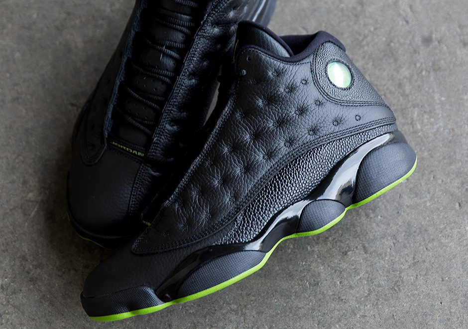 b9a1f29f369cc8 Air Jordan 13 Altitude 414571-042 Coming Soon
