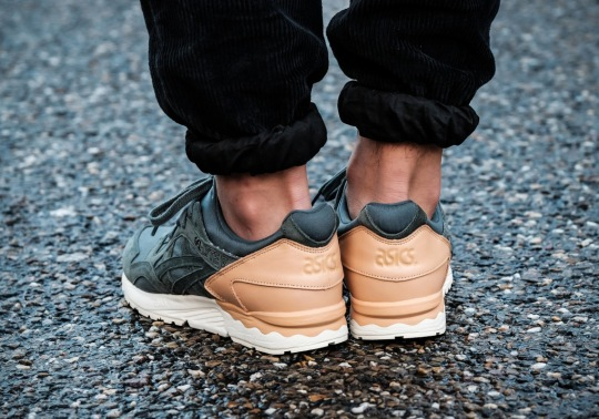 ASICS GEL-Lyte V Pairs Tan Leather Heels With Green Suede