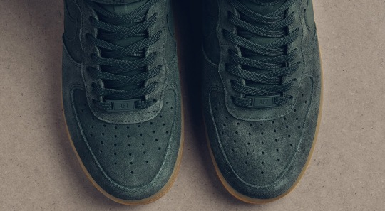 "Nike Air Force 1 High ""Vintage Green"" With Gum Soles Hits Stores"
