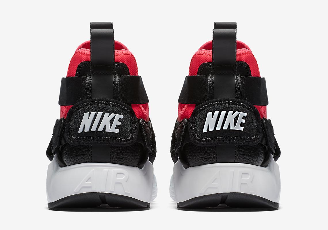 Nike Air Huarache City WMNS January