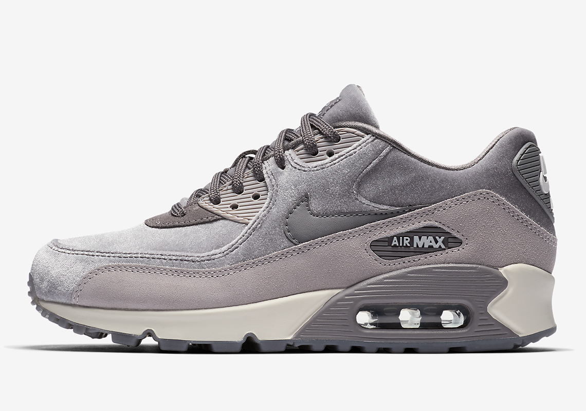 finest selection 8741e a0625 Nike Air Max 90 Deluxe Release Date  January 1, 2018. Style Code  898512-600