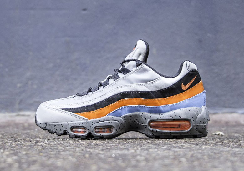 separation shoes 0b17c 27349 The materials used on both Air Max 95 Premiums make sure that they are  ready to stand up to the elements. Both colorways are available now from  European ...